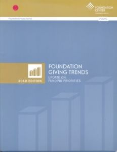 Yearbooks: Foundation giving trends 2010 USA
